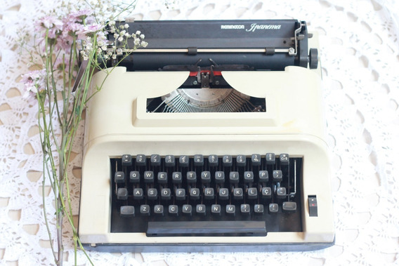 Máquina De Escrever Remington Ipanema - Decoraçao