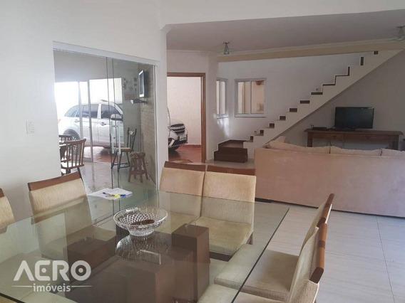 Casa Residencial À Venda, Centro, Iacanga. - Ca1281