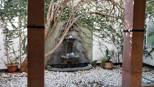 Se Renta Casa Colonial En Centro Histórico De Querétaro Sr