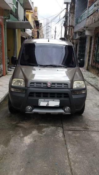 Fiat Doblo Adventure 1.8 Flex Locker 6 Passageiros
