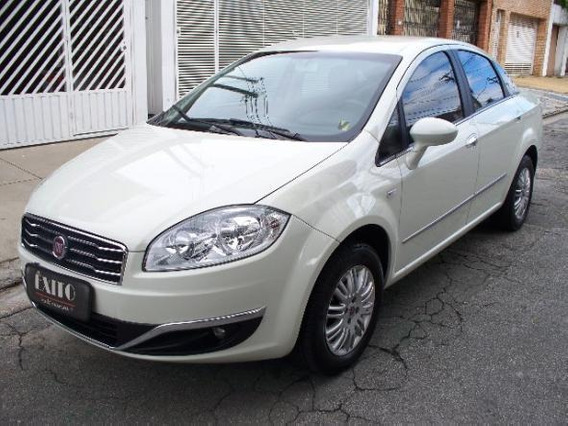 Fiat Linea Essence 1.8 Flex Manual Branco 2015
