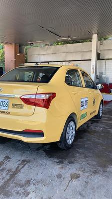 Vendo/financio Taxi Gran I10,2020, Listo Trabajo