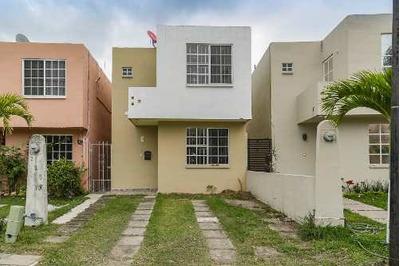 Venta De Casa En Fraccionamiento Bancario, Tampico