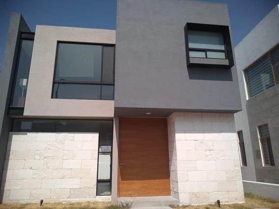 Casa En Venta, Juriquilla La Condesa, Queretaro Rcv191207-cp