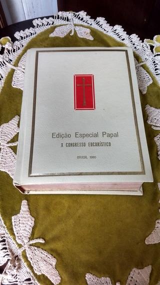 Bela Bíblia Católica Antiga.