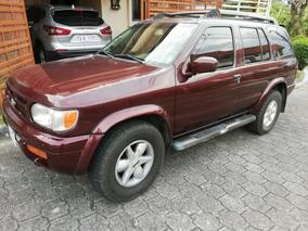 Nissan Pathfinder Se