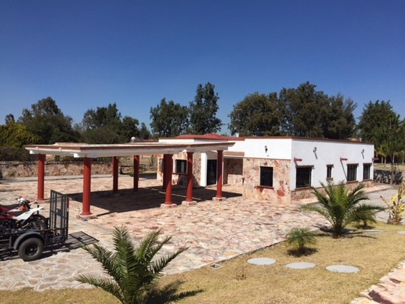 2 Casas En Terreno De 5000 Metros Con Alberca