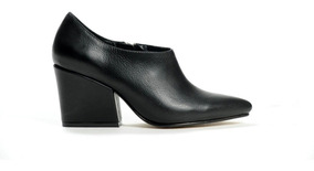 Zapato Mujer Botineta En Punta Natacha Cuero Negro #1381