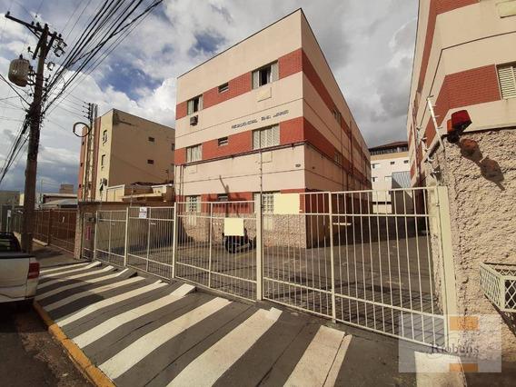 Próximo Ao Correio Da Redentora - 2 Dormitórios - 2 Wc - 1 Vaga Descoberta - Ap0980