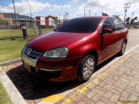 Volkswagen Bora 2.5cc At Aa