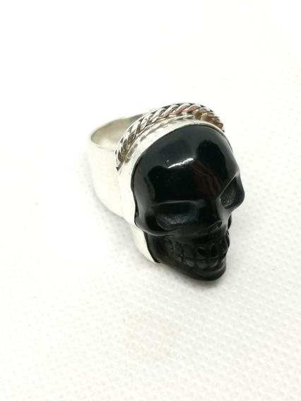 Anillo De Cráneo De Obsidiana Montado En Plata