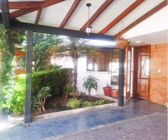Hermosa Casa Sector San Rafael - Capelo Valle De Los Chillos