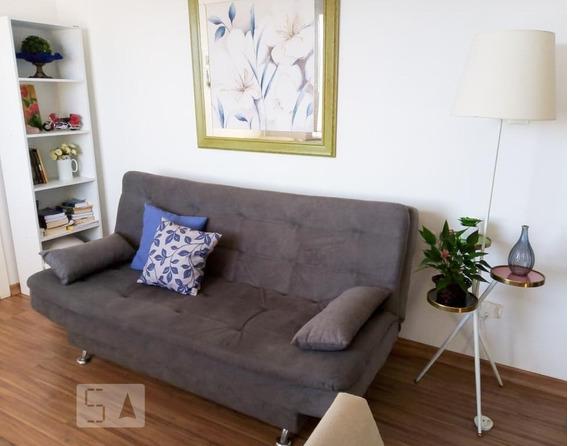 Apartamento Para Aluguel - Capão Raso, 2 Quartos, 45 - 893117792