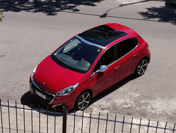 Peugeot 208 1.2 Turbo Francés Extra - Full