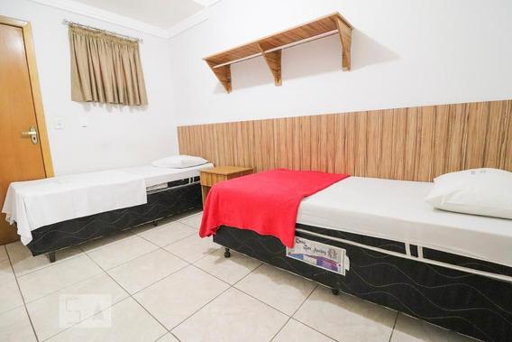 Studio No 1º Andar Com 1 Dormitório E 1 Garagem - Id: 892948469 - 248469