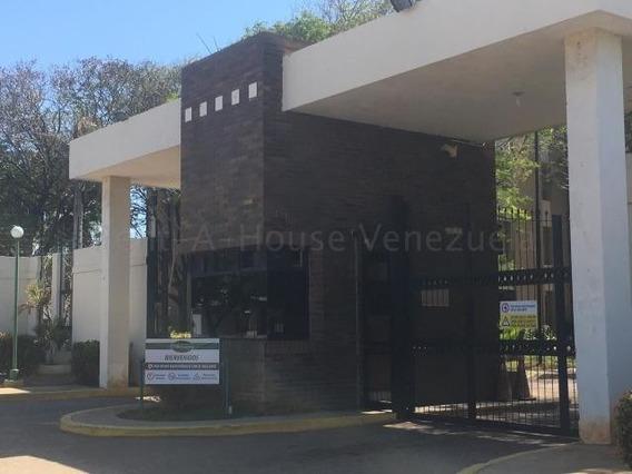 Luis Infante Mls# 20-7347 Apartamento Milagro Norte