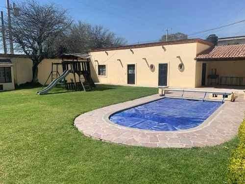 Bonita Casa En Fracc. Con Alberca En Tequisquiapan