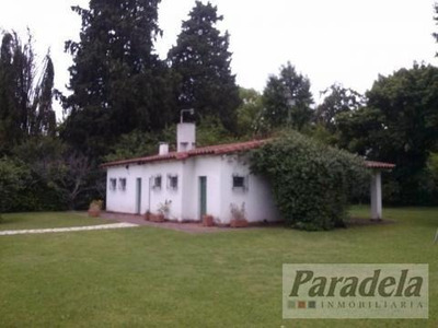 Lote Con Casa A Refaccionar En Parque Leloir