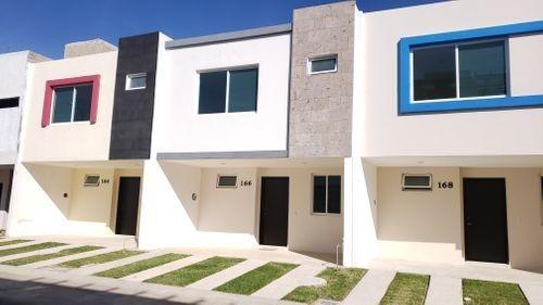 Casa 108 M2, 3 Rec, De Lujo En La Moraleja. Zapopan Norte
