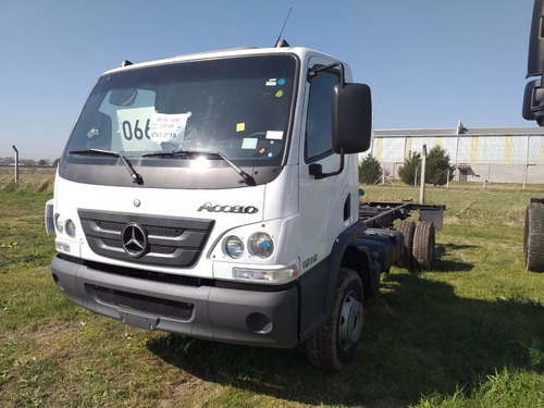 Mercedes Benz Accelo 1016/39 Cabina Extendida 0km Besten