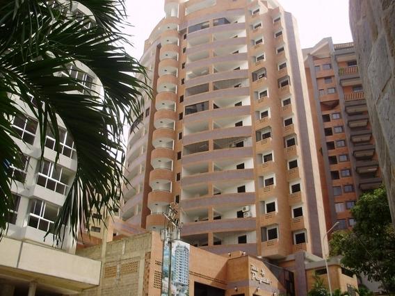 Apartamento En Alquiler El Parral. Susana Gutierrez. C427605