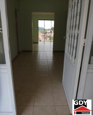 Casas Quartos 3 Para Venda Em Santa Rita Do Sapucaí - Mg - 61