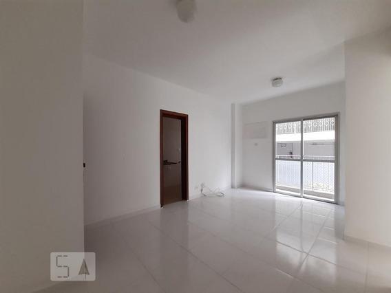 Apartamento No 1º Andar Com 2 Dormitórios E 1 Garagem - Id: 892977082 - 277082