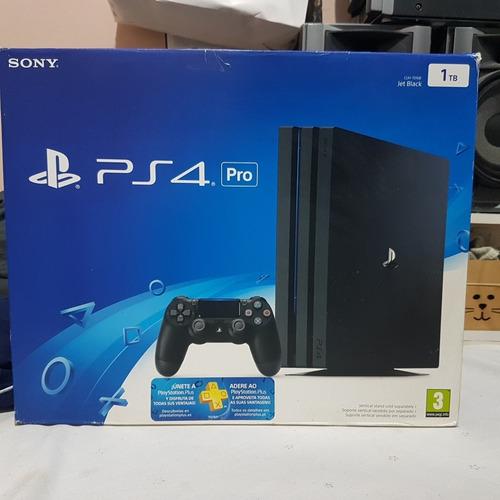 Caixa De Playstation 4 Pro Modelo 7016b + Berço
