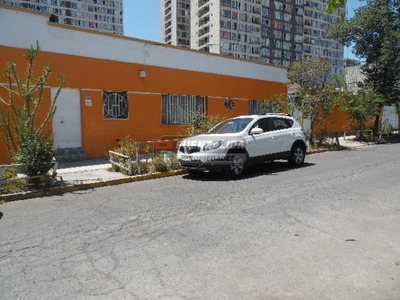 Casa En Venta, Hospital J.j Aguirre