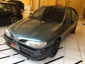 Renault Megane 1.6 Hatch 1999 Gasolina
