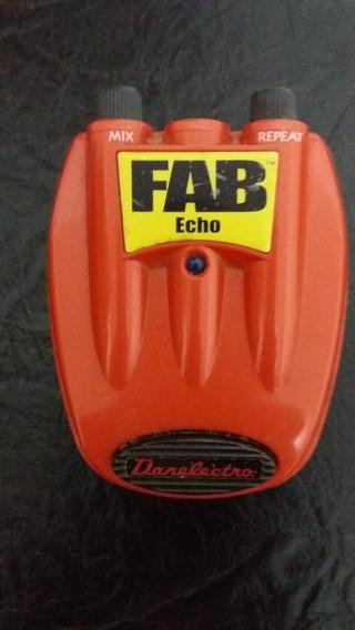 Pedal Danelectro Fab Echo