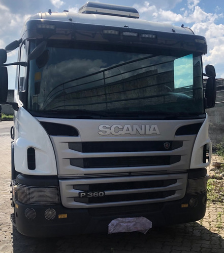 Scania P360 6x2 Leito