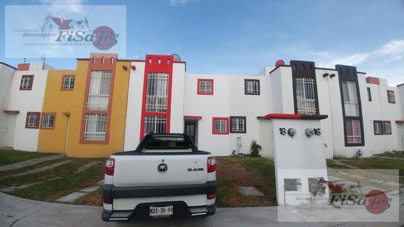 Casa En Venta - Fraccionamiento Paseos Del Campestre