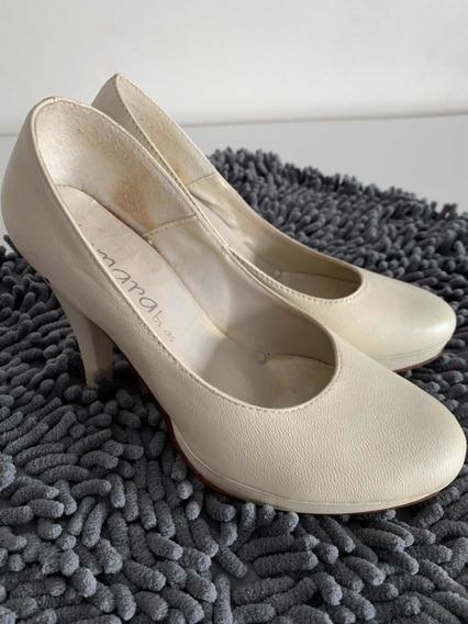 Zapatos Cuero Color Marfil T: 35