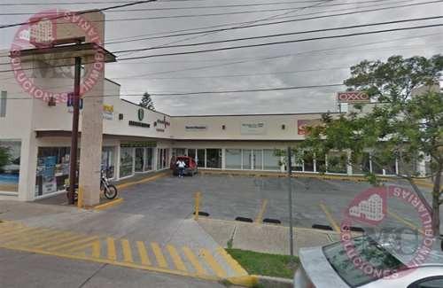 Local Comercial En Renta En Plaza Providencia, Al Sur De Aguascalientes