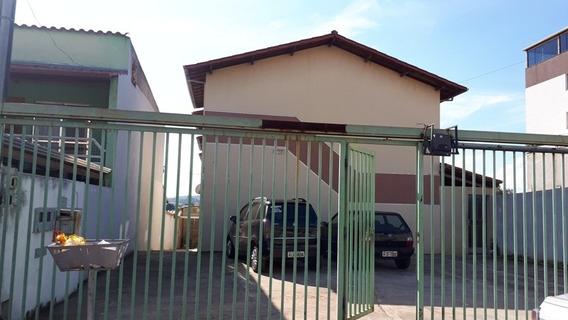 Casa Geminada Com 2 Quartos Para Comprar No Pedra Azul Em Contagem/mg - 44704