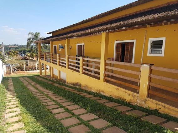 Chácara Bem Localizada - Casa Ampla Com 750m² - Excelente Área De Lazer - Ch0168