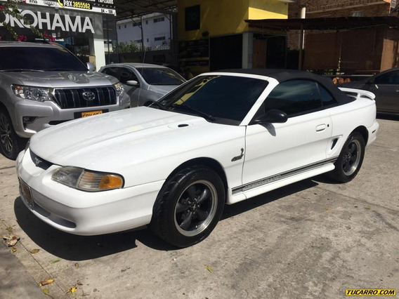 Ford Mustang Gt Convertible Mt 4600cc 2p