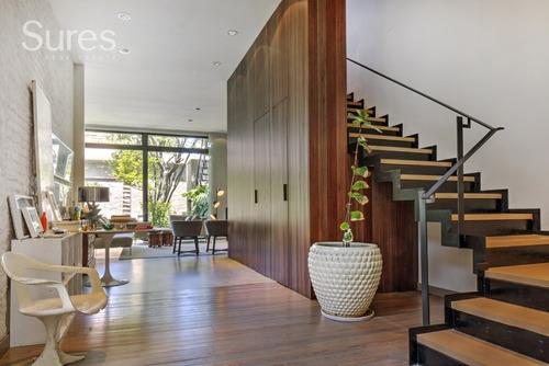 Casa De Diseño 100% Reciclada En Pocitos