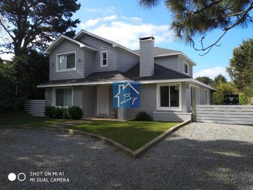 Casa En Venta, Tio Tom, Punta Ballena- Ref: 433