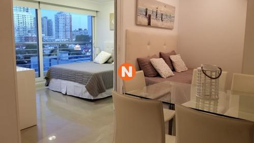 Apartamento En Punta Del Este, Mansa- Ref: 217179