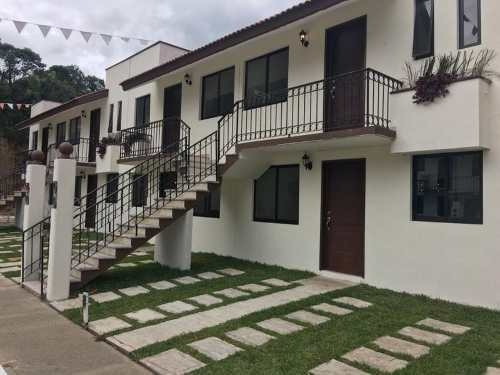Fracc. Villas De Coatepec, 2 Recámaras, Planta Baja.