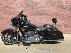 Harley Davidson Street Glide Touring