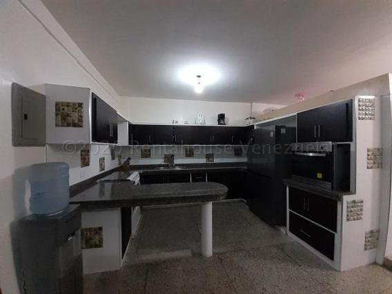 Casa En Venta Bararida Barquisimeto 20-24110 A&y