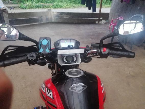Vendo Moto Papeles Al Día Conservada Ningún Accidente