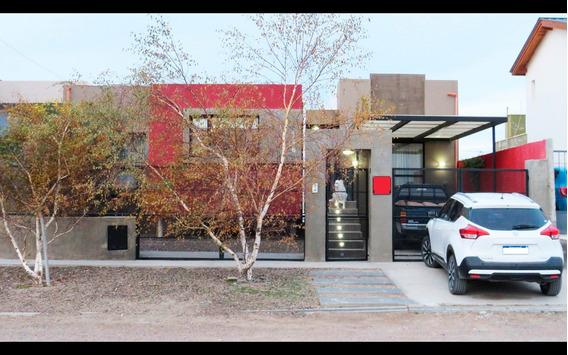 Vendo Moderna Casa 4 Dormitorios, Oficina, 2 Baños, Parque.