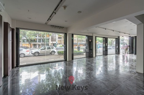 Renta De Local Comercial Ubicación Top En Polanco, 80m2
