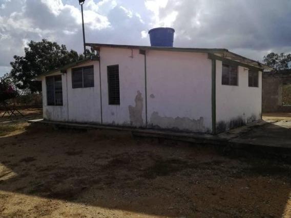 Casas En Venta En Zona Norte Barquisimeto Lara 20-10211