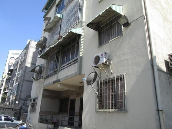 Apartamento En Venta Mls #20-9813
