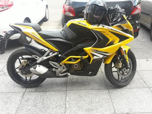 Bajaj Rouser Rs 200-2018 14000 Km Imp Est $410000 T/auto Mot